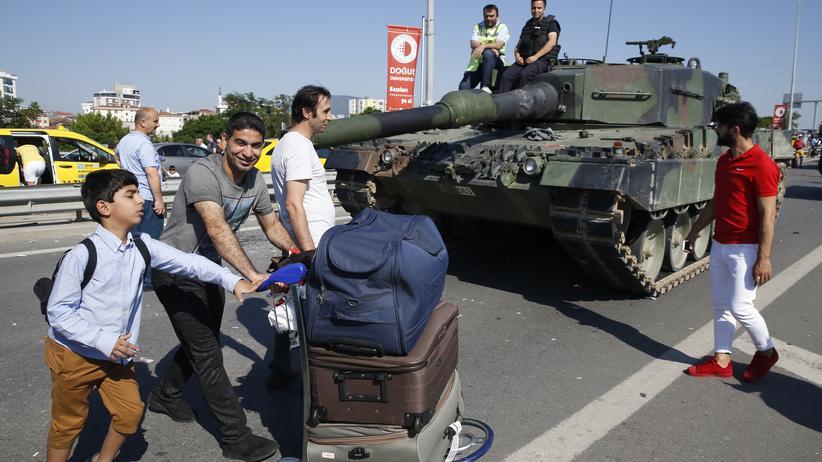 Waffenexporte: Bundesregierung könnte umstrittene Waffendeals stoppen