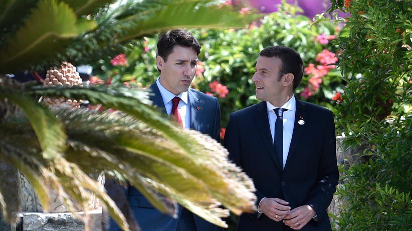 Trudeau Macron Inszenierung