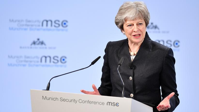 Theresa May: Großbritannien fordert Sicherheitsabkommen mit der EU