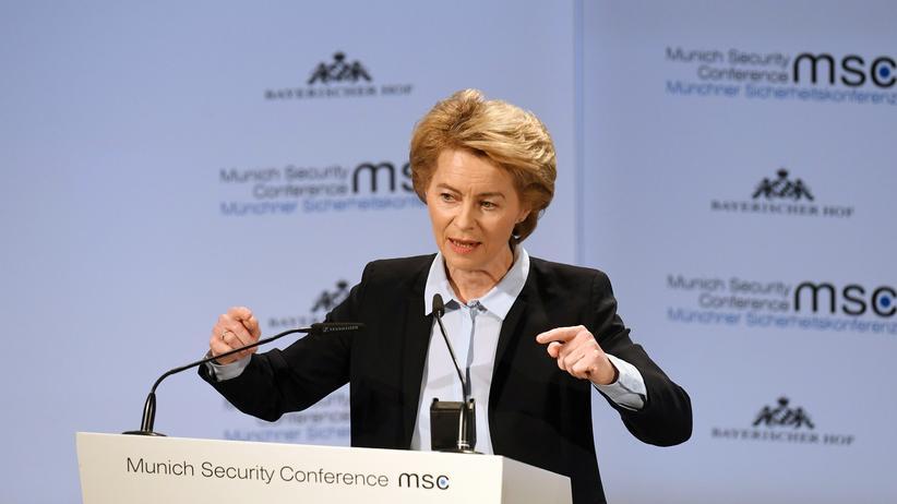 """Ursula von der Leyen: """"Der IS ist noch nicht vollständig geschlagen"""""""
