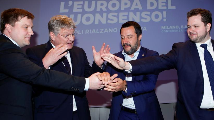 EU-Parlament: Neue rechtspopulistische Fraktion im Europaparlament