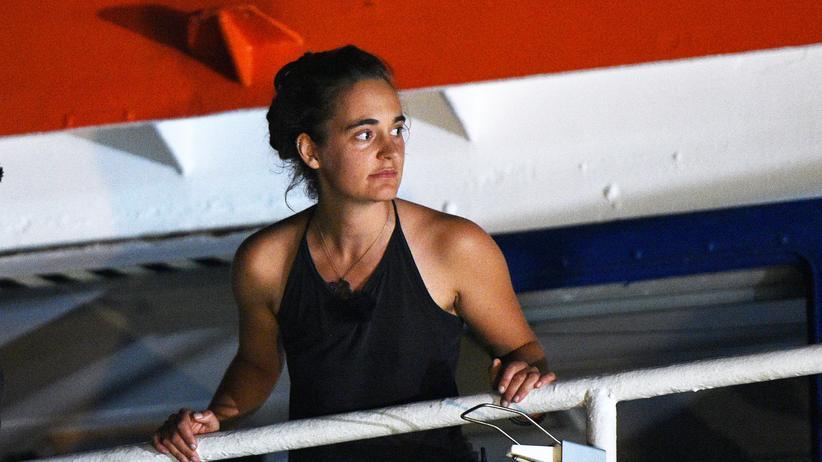 """Sea-Watch 3"": Staatsanwaltschaft geht gegen Racketes Freilassung in Berufung"