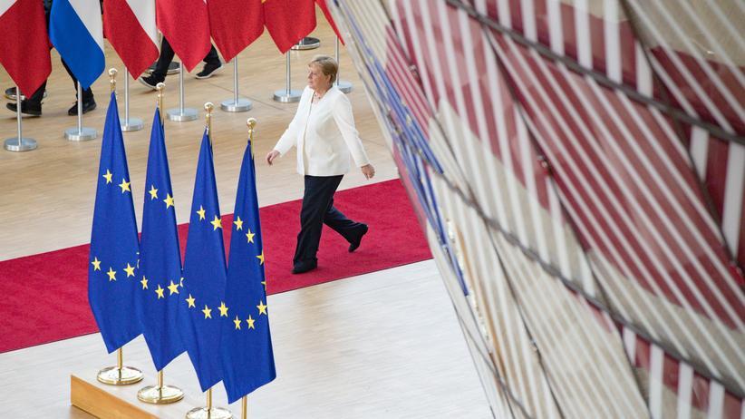 Kommissionspräsident: Angela Merkel in Brüssel