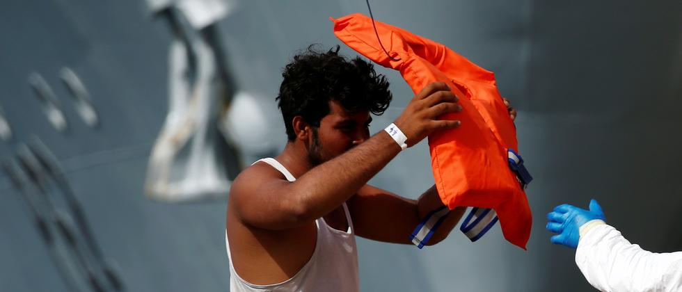 Flüchtlingspolitik: Berlin sieht Italiens Flüchtlingsplan skeptisch