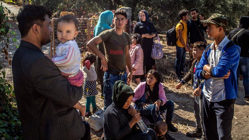 Flüchtlingsabkommen: Geflüchtete nach ihrer Überfahrt von der Türkei auf die griechische Insel Lesbos am 1. Oktober 2019