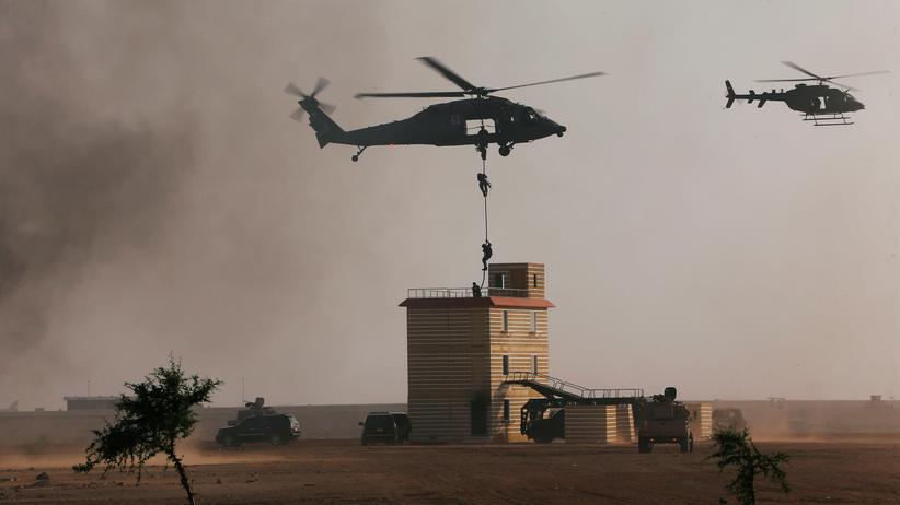 Rüstungsexport: Militär der Vereinigten Arabischen Emirate bei Übungen in Al Ain im Februar 2018