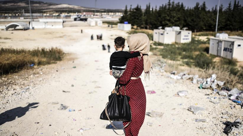 Türkei: Günther Oettinger fordert Milliardenhilfe der EU an die Türkei für die Unterbringung syrischer Geflüchteter.