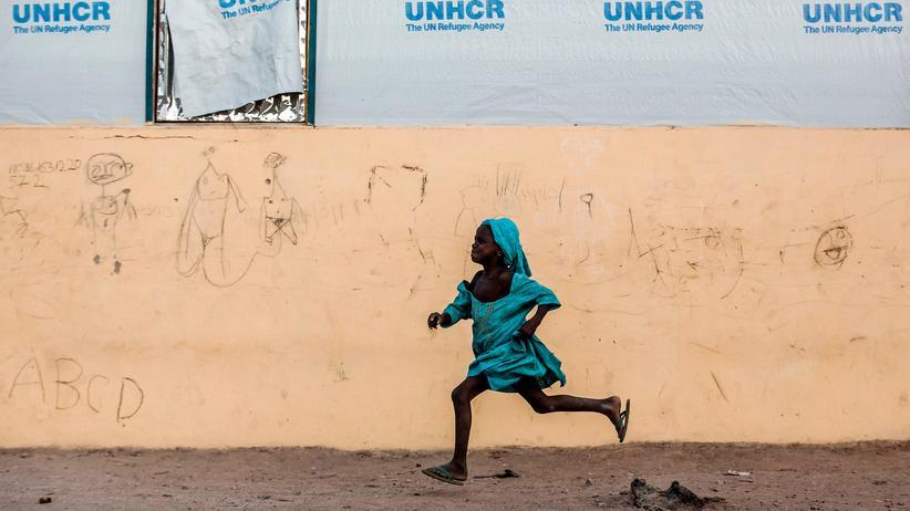 EU-Resettlement-Programm: Ein Mädchen in einem UNHCR-Flüchtlingscamp in Nigeria