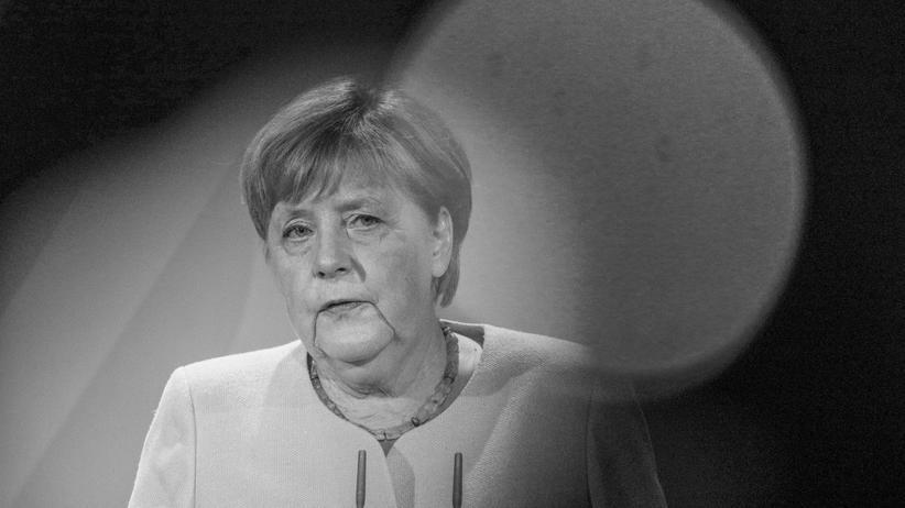 """Angela Merkel: """"Merkels Kanzlerinnenschaft wendet sich ins Tragische"""""""