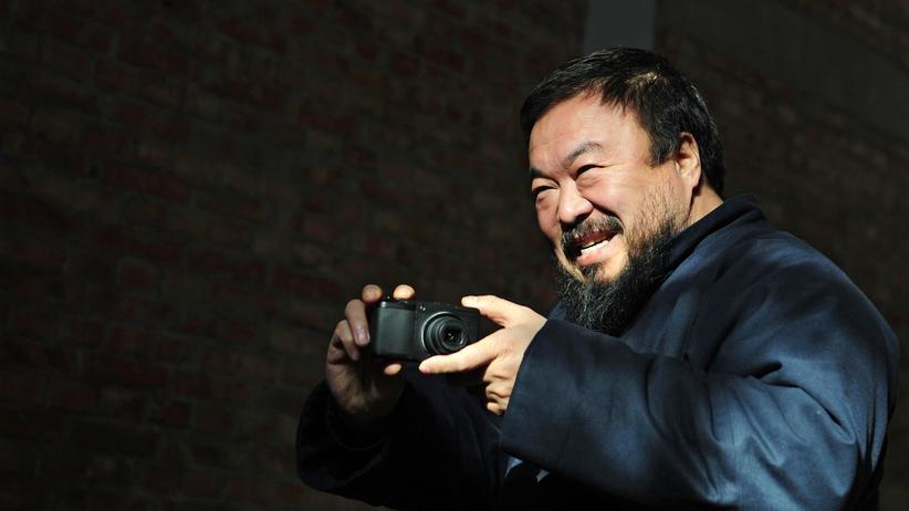 Übergriff auf Ai Weiwei: Ai Weiwei will anklagen