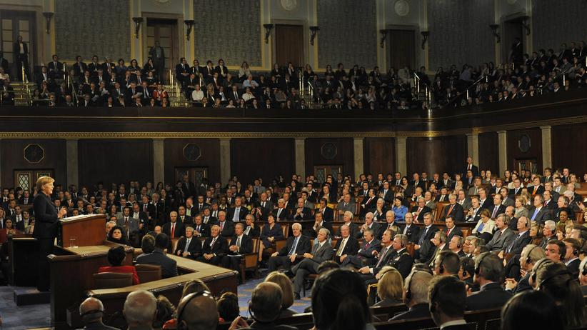 Merkels Rede in Washington: Schwesterkuss