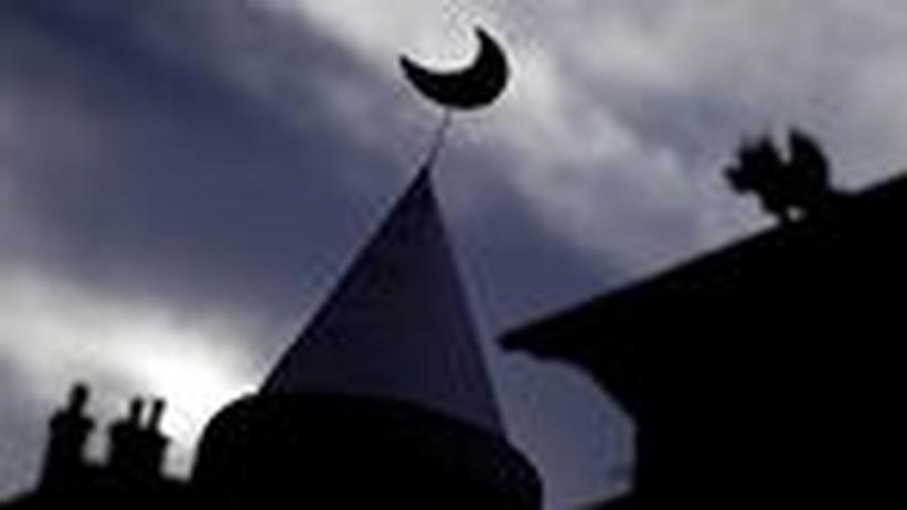 Schweizer Referendum: Das erste Land der Welt verbietet Minarette
