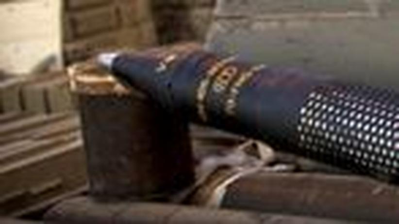 Kriegslieferung: Israel bringt Frachter voller Waffen auf