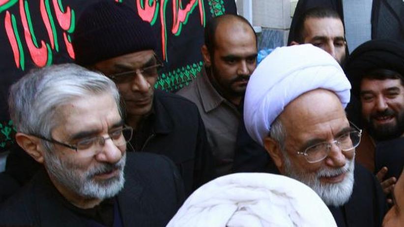 Proteste gegen Ahmadineschad: Irans Oppositionelle dementieren Flucht-Gerüchte