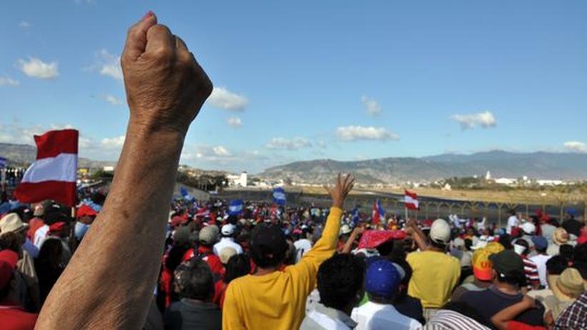 Honduras: Zelaya im Exil