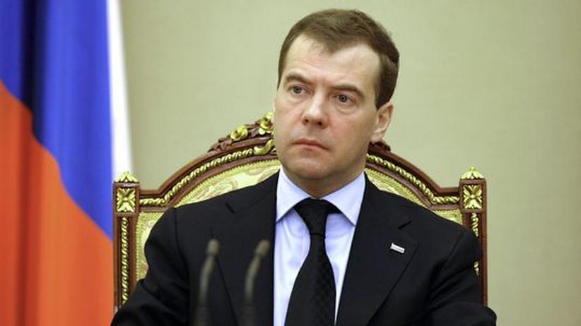 """Reaktion auf die Anschläge: Medwedjew kündigt """"Krieg gegen Terror"""" an"""