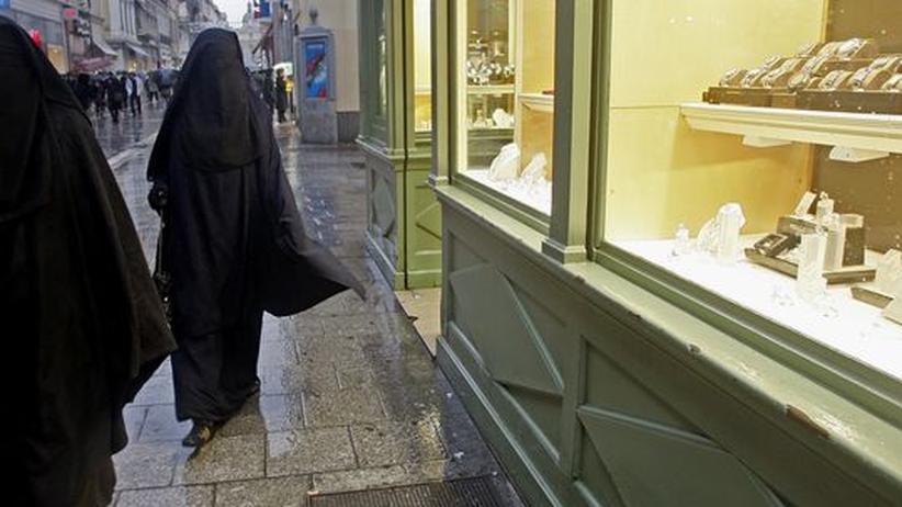 Islam:  Belgien will das Tragen der Burka verbieten
