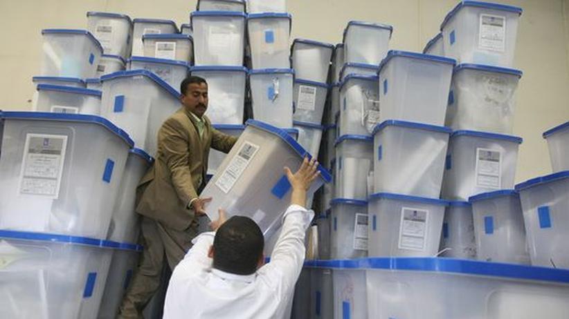 Parlamentswahl im Irak: Die ersten Provinzen melden Wahlsieger