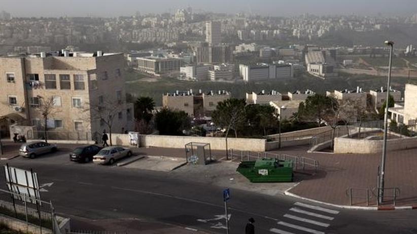 Jüdische Siedlungen: Blick auf Ramat Schlomo: In dem Ost-Jerusalemer Stadtteil sollen neue Wohnungen für jüdische Siedler entstehen