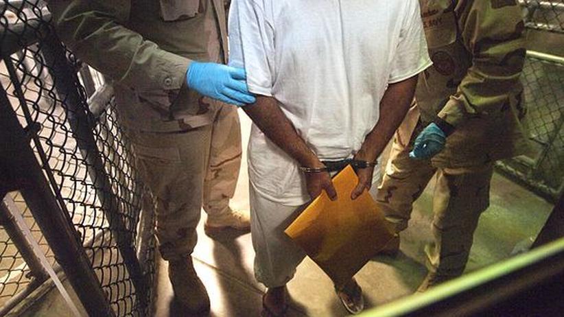 Aufnahme von Insassen: Merkel hält sich Guantánamo-Frage offen
