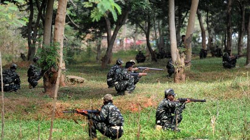 Terrorismus: Maoisten töten über 70 Bundespolizisten in Indien