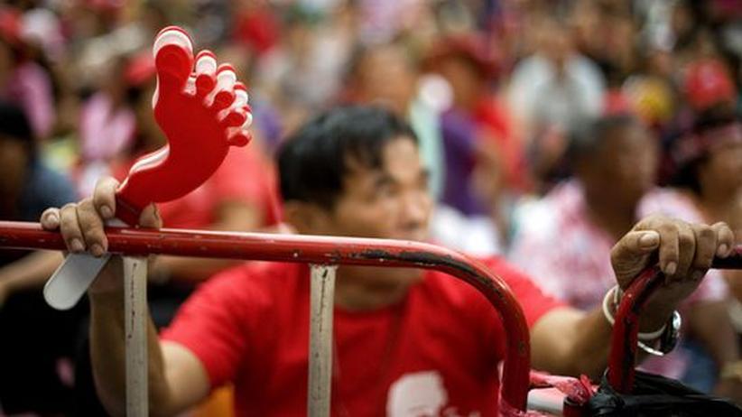 Thailand: Regierung will Demonstranten in Bangkok aushungern