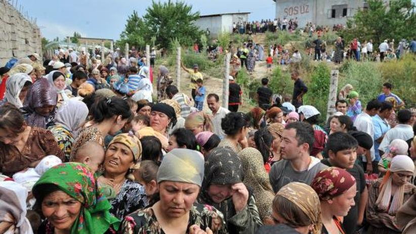 Kirgistan: Usbekistan stoppt kirgisischen Flüchtlingsstrom