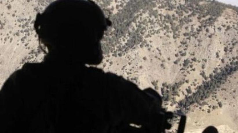 Krieg am Hindukusch: Ein US-Soldat in einem Helikopter (Archiv)