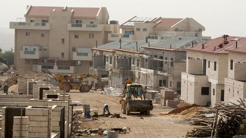 Nahost: Bulldozer in der israelischen Siedlung Ariel im Westjordanland