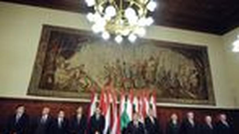 Ungarn: Regierungschef Orbán marschiert durch die Institutionen