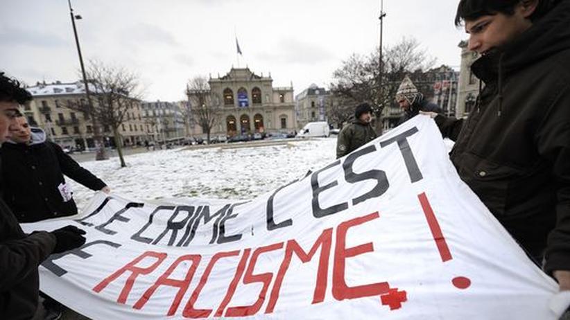 Referendum: Schweizer für schärferes Ausländerrecht