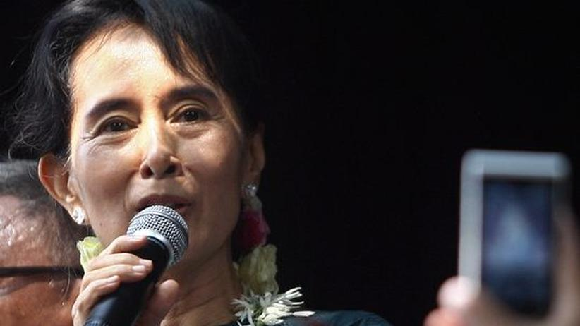 Aung San Suu Kyi: Zurück im alten Kampf