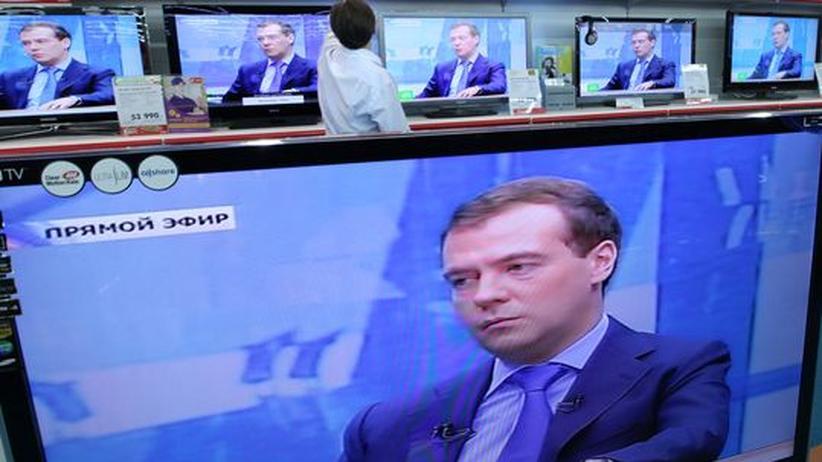 Russland: Medwedjew übt leise Kritik an Putin