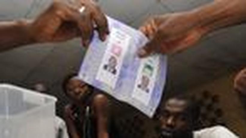 Elfenbeinküste: Ist Afrika für Demokratie ungeeignet?