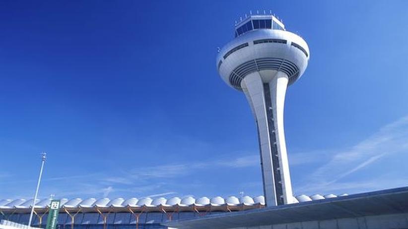 Schuldenkrise: Der Flughafen in Madrid soll nach Willen der spanischen Regierung teilweise privatisiert werden