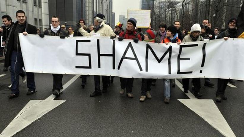 Großdemo in Brüssel: Belgier demonstrieren gegen politische Hängepartie