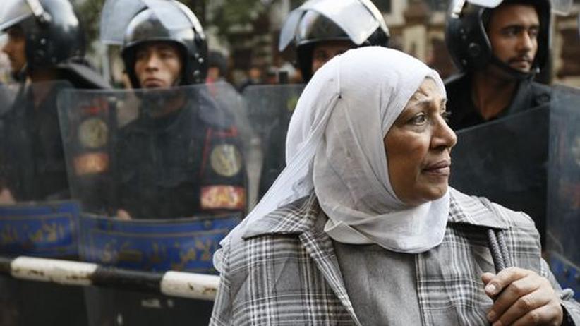 Proteste: Mubaraks Behörden blockieren das Internet