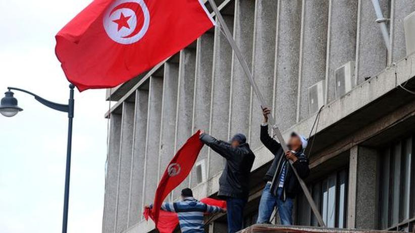 Umsturz: Tunesiens Präsident Ben Ali kapituliert