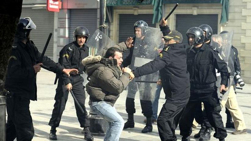 Tunesien: Demonstrationen gegen Ben Alis alte Garde