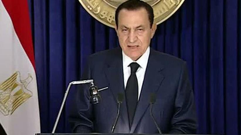 Machtwechsel in Ägypten: Die Parteiführung geht, Mubarak bleibt