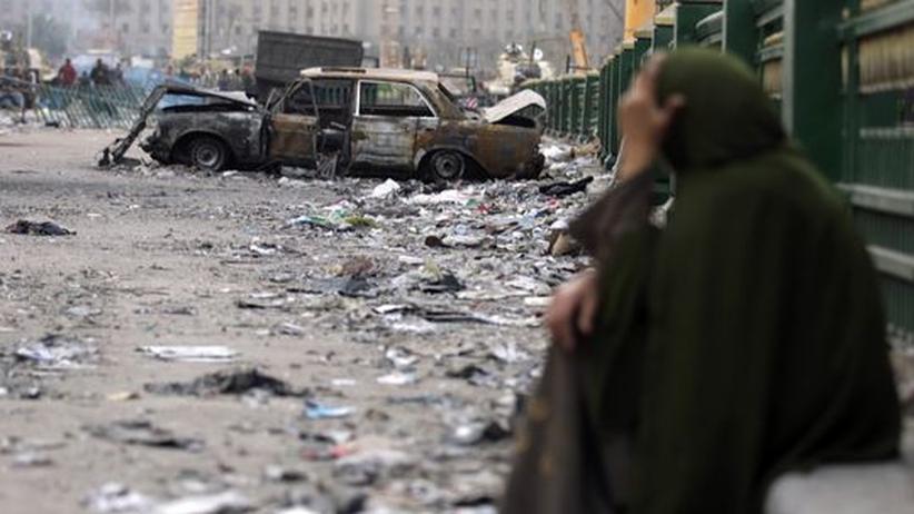 Verwüstungen an einer Barrikade am Tahrir-Platz in Kairo