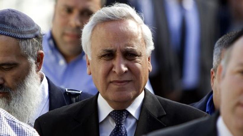 Urteil wegen Vergewaltigung: Israels Ex-Präsident Katzav muss ins Gefängnis