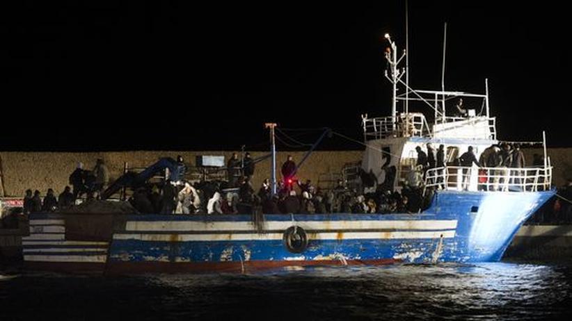 Mitreisen im Flüchtlingsboot: Boulevardsender im Bündnis mit den Schleusern