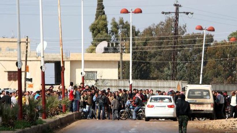 Syrien: Syriens Regierung verhaftet Hunderte Oppositionelle