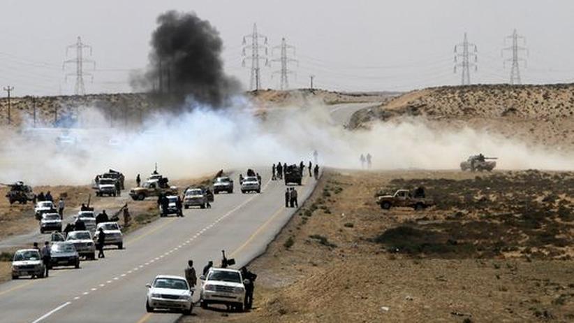 Libysche Rebellen in der Nähe von Brega