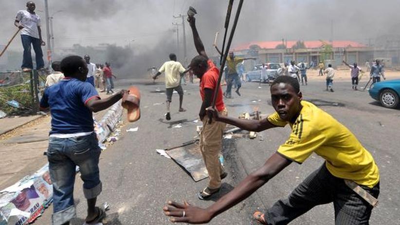 Nigeria: Eine Wahl mit drei Siegern