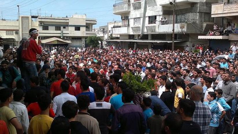 Protest: Zehntausende Syrer ignorieren Demonstrationsverbot