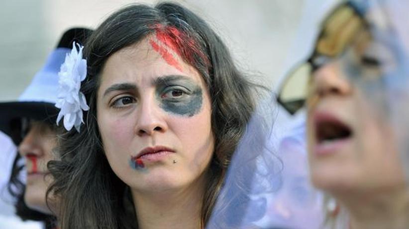 Neue Konvention: Europarat bekämpft Gewalt gegen Frauen