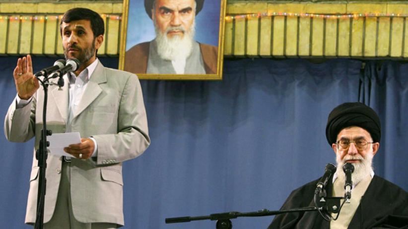 Iran: Das Machtgefüge von Irans Präsident wankt