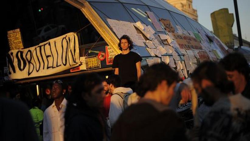 Proteste vor den Wahlen: Zehntausende Spanier trotzen Demonstrationsverbot
